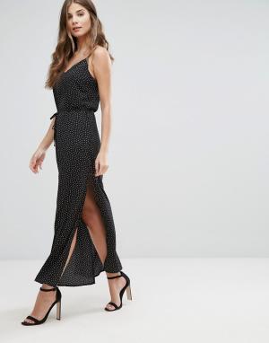 Goldie Платье-комбинация макси в горошек с разрезами по бокам и поясом. Цвет: черный