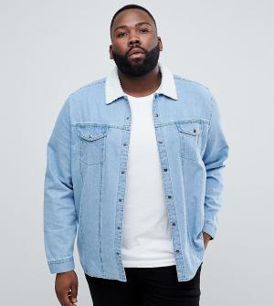 ASOS Джинсовая рубашка навыпуск с меховым воротником PLUS. Цвет: синий