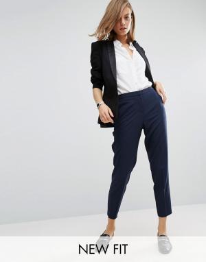 ASOS Укороченные креповые брюки-сигареты. Цвет: темно-синий