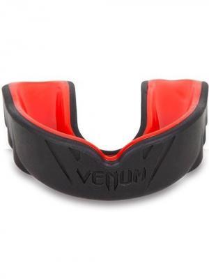 Капа боксерская Venum Challenger Red Devil (универсальная, формуется под любой размер челюсти). Цвет: черный, красный