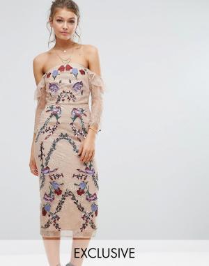 Hope and Ivy Кружевное платье миди с вышивкой и открытыми плечами &. Цвет: мульти