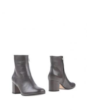 Полусапоги и высокие ботинки THE SELLER. Цвет: свинцово-серый