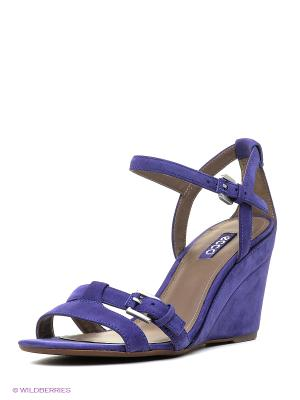 Туфли летние ремешковые ECCO. Цвет: фиолетовый