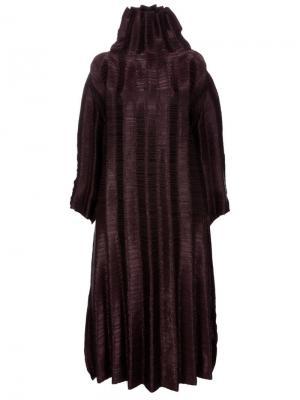 Свободное фактурное платье Issey Miyake Vintage. Цвет: коричневый