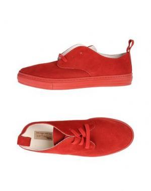 Низкие кеды и кроссовки BUDDY. Цвет: красный