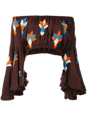Укороченная блузка с открытыми плечами All Things Mochi. Цвет: коричневый