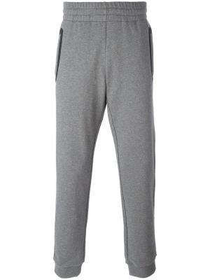 Классические спортивные брюки Versace. Цвет: серый