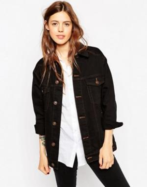 ASOS Черная джинсовая куртка‑герлфренд с контрастными строчками. Цвет: черный