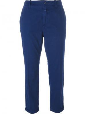 Укороченные брюки Closed. Цвет: синий