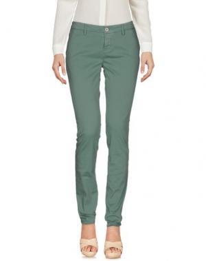 Повседневные брюки MAISON CLOCHARD. Цвет: зеленый