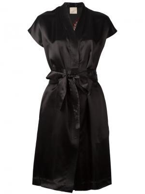Платье с запахом и V-образным вырезом Laneus. Цвет: чёрный