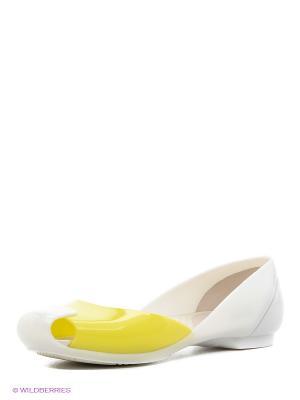 Балетки CROCS. Цвет: желтый