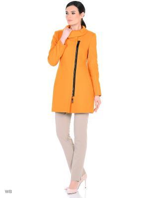 Пальто Anora. Цвет: желтый