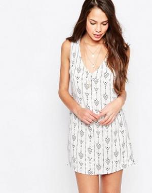 Goldie Цельнокройное платье с принтом Dream Team. Цвет: белый