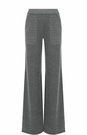 Однотонные расклешенные брюки с карманами MRZ. Цвет: серый