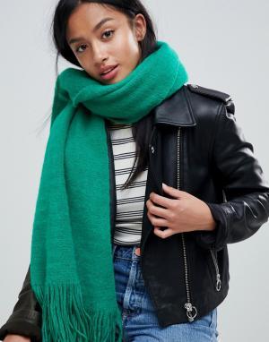 River Island Пушистый шарф-накидка. Цвет: зеленый