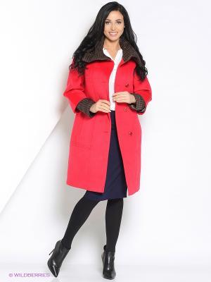 Пальто Amulet. Цвет: красный