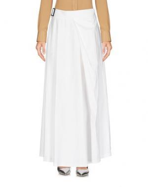 Длинная юбка LAVINIATURRA. Цвет: белый