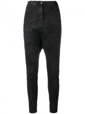 Фактурные брюки с заниженным шаговым швом Masnada. Цвет: чёрный