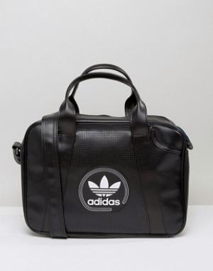 Adidas Originals Перфорированная сумка. Цвет: черный