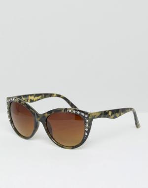 7X Солнцезащитные очки кошачий глаз. Цвет: черный