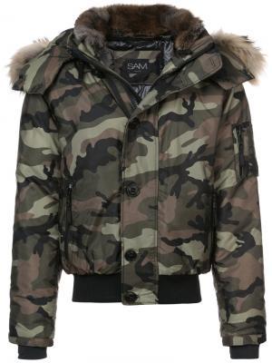 Камуфляжная куртка-бомбер Sam.. Цвет: зелёный