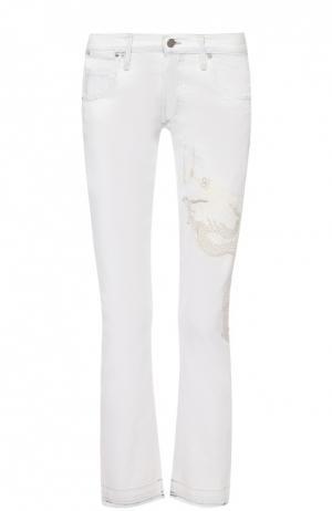 Укороченные джинсы с бахромой и вышивкой в виде дракона Citizens Of Humanity. Цвет: белый