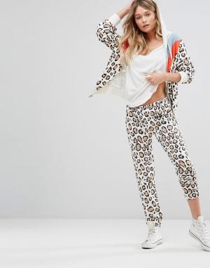 Wildfox Спортивные брюки с леопардовым принтом в стиле ретро. Цвет: белый