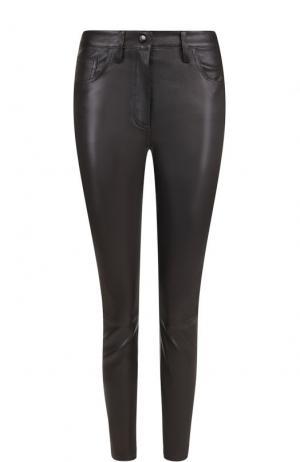 Укороченные кожаные брюки-скинни The Row. Цвет: черный