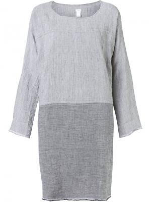 Свободное платье дизайна колор-блок Dosa. Цвет: серый