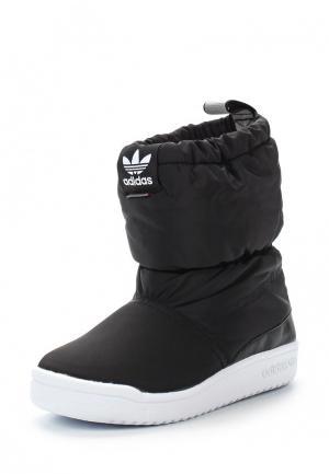 Дутики adidas Originals. Цвет: черный