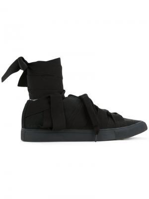 Кеды с множеством шнурков Yohji Yamamoto. Цвет: чёрный