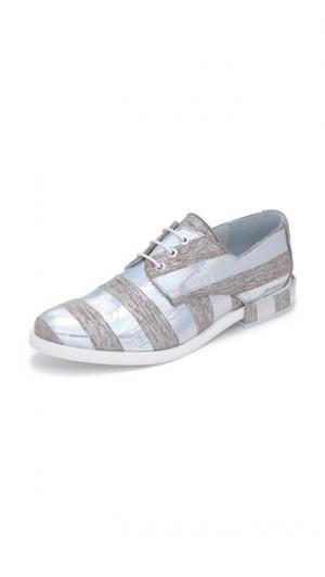 Ботинки на шнурках Adelaide Miista. Цвет: серая полоска