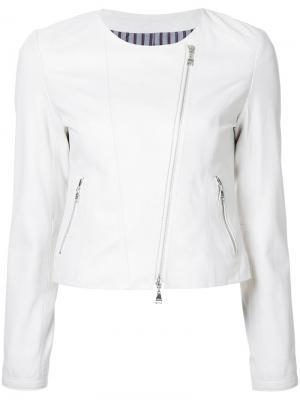 Куртка на молнии Loveless. Цвет: белый