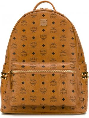 Рюкзак с принтом логотипа MCM. Цвет: коричневый