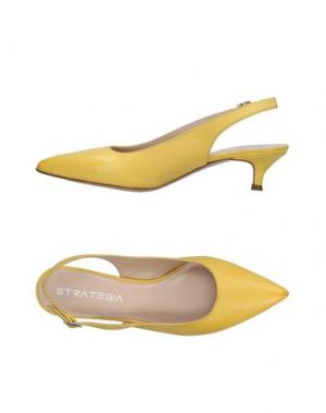 Туфли STRATEGIA. Цвет: желтый
