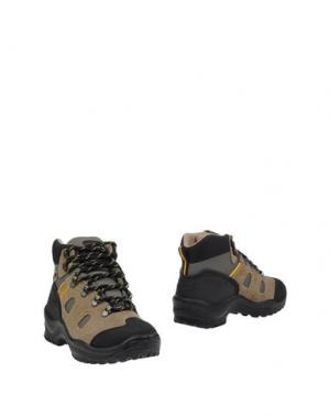Полусапоги и высокие ботинки GRISPORT. Цвет: песочный