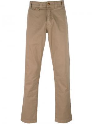 Классические брюки чинос Barbour. Цвет: телесный