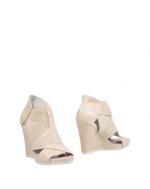 Ботинки FIORIFRANCESI. Цвет: слоновая кость