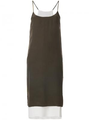 Платье шифт Antonia Zander. Цвет: коричневый