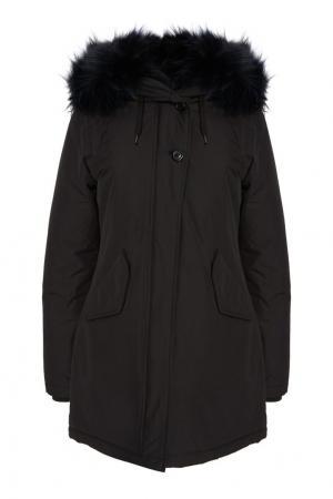 Черная парка Eskimo Canadian. Цвет: черный