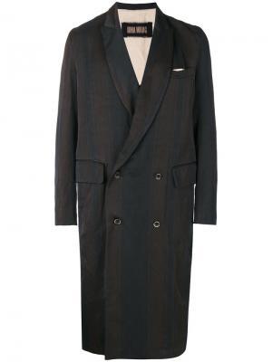 Двубортное пальто в полоску Uma Wang. Цвет: коричневый