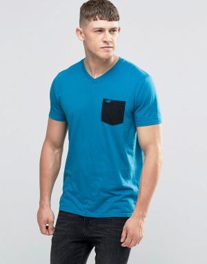 Hollister Бирюзовая футболка слим с контрастным карманом. Цвет: синий