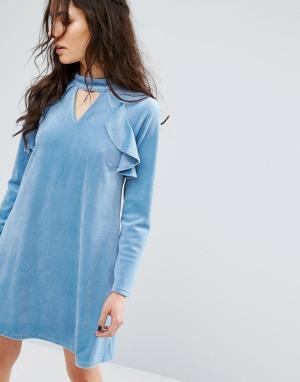 Glamorous Платье с длинными рукавами и высокой горловиной. Цвет: синий