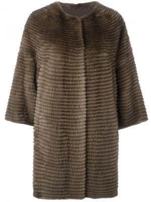 Свободное меховое пальто Liska. Цвет: коричневый