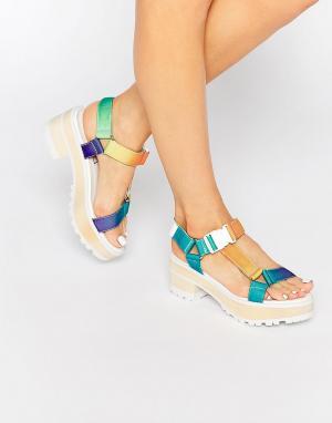 Eeight Разноцветные сандалии на массивном каблуке Valentina. Цвет: мульти