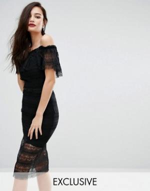 Body Frock Кружевное платье миди с открытыми плечами и ремешком Bodyfrock. Цвет: черный