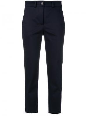 Укороченные брюки скинни с необработанными краями Société Anonyme. Цвет: синий