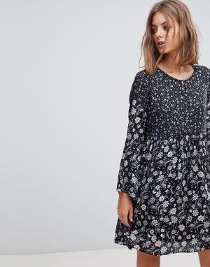 Esprit Свободное платье с принтом. Цвет: синий