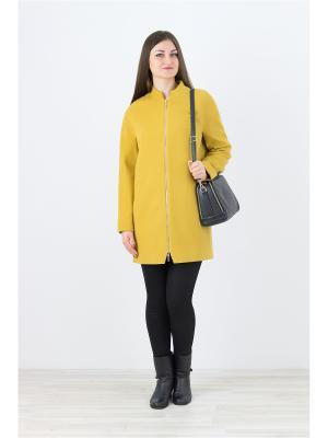 Пальто Elema. Цвет: горчичный